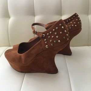 Forever Women's Rare Wedge Platform Suede shoes 9